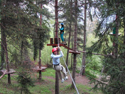 Adult Adventure Assault Course in Villette - Franceraft
